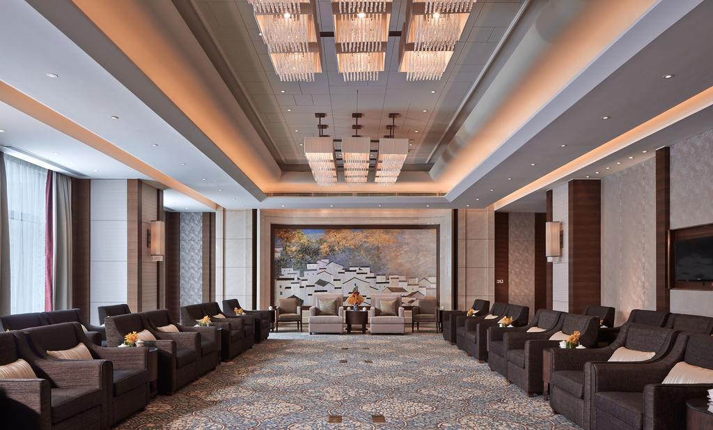 酒店工装木饰面板的保养方法